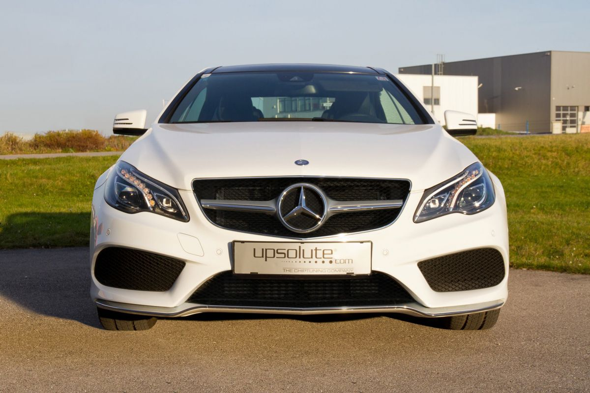 Chiptuning - Mercedes E 500 V8 Biturbo 465hp!